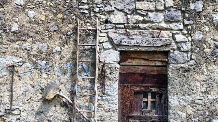 Un percorso verso le cascine di Brumano, borgo antico all'ombra del Resegone