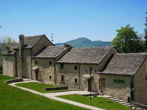 Borgo di Arnosto a Fuipiano Valle Imagna
