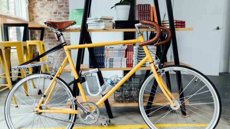 In sella ai libri: la bicicletta raccontata in incontri d'autore ad Almenno San Bartolomeo